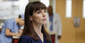 Greys-Anatomy-9x12-Walking-on-a-Dream-7-featured